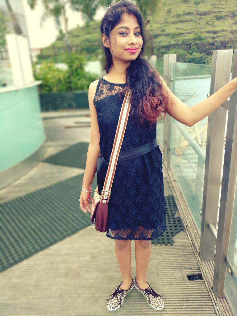 styling the little black dress