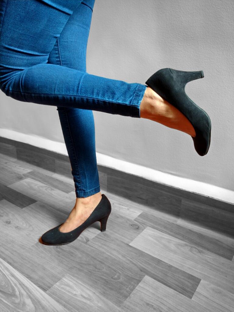 Black Heel fashion with Jabong
