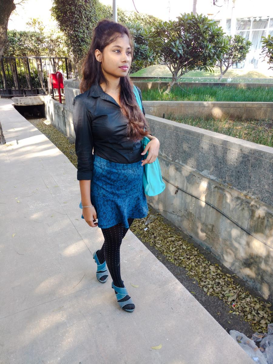 Skater skirt with Stockings for petite girls - Dainty Street